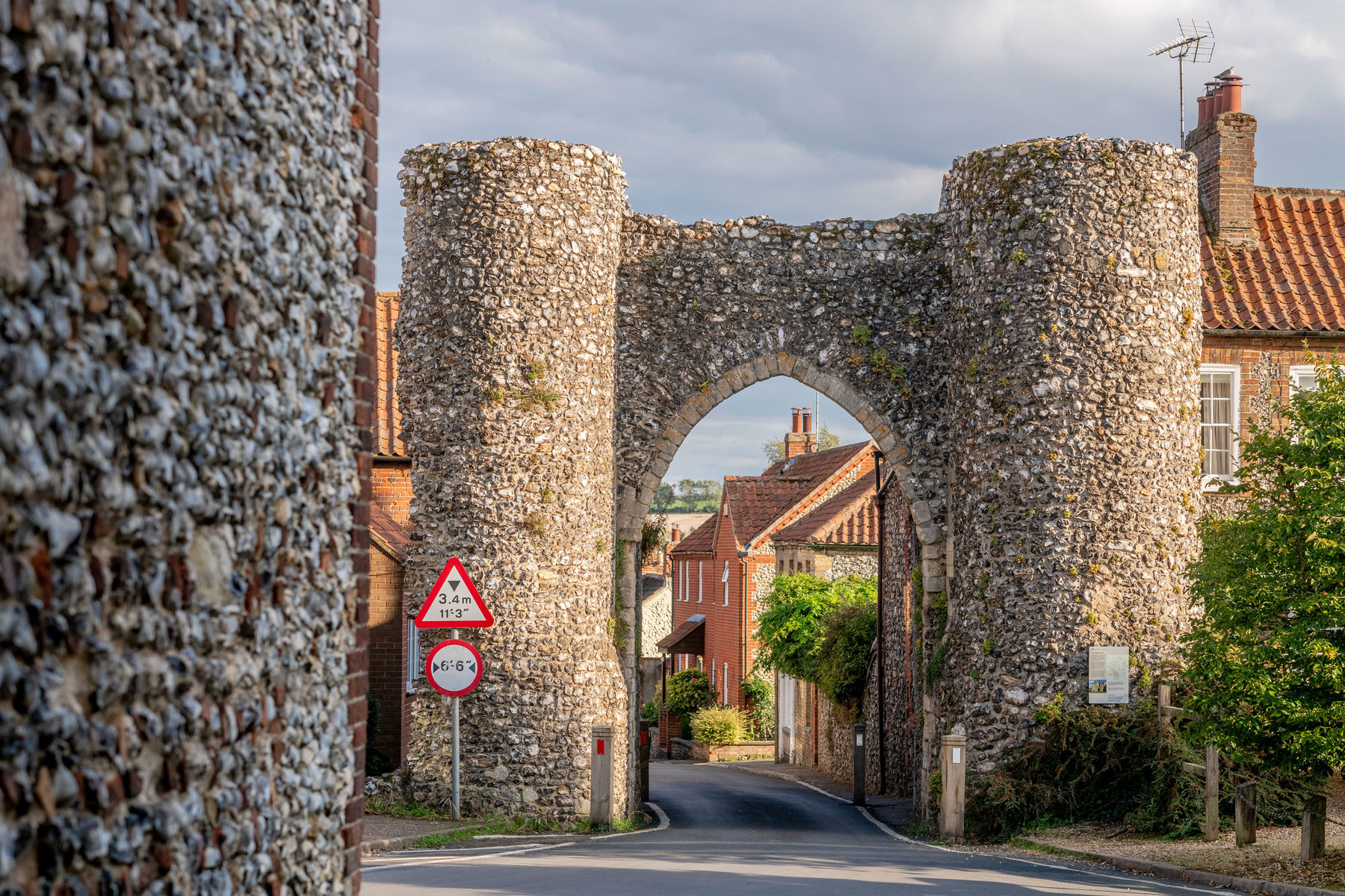 014 Castle Acre Village 2018